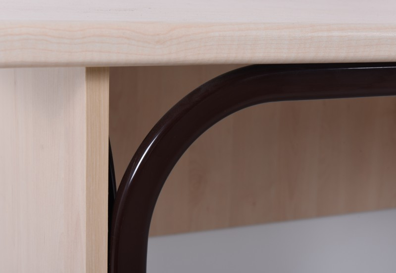 KS002 Uredski stolovi